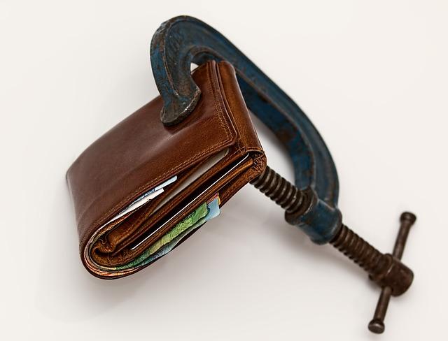Problémy s dluhy