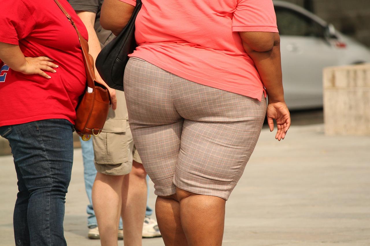 obézní