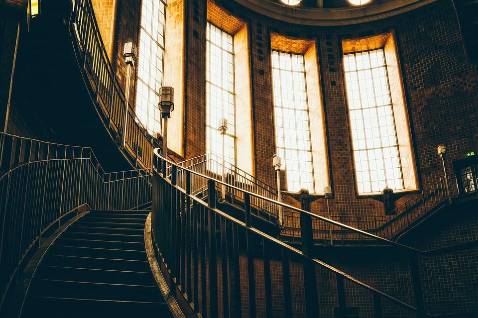 Jak poznáme, zda je za kovové schodiště cena přijatelná?